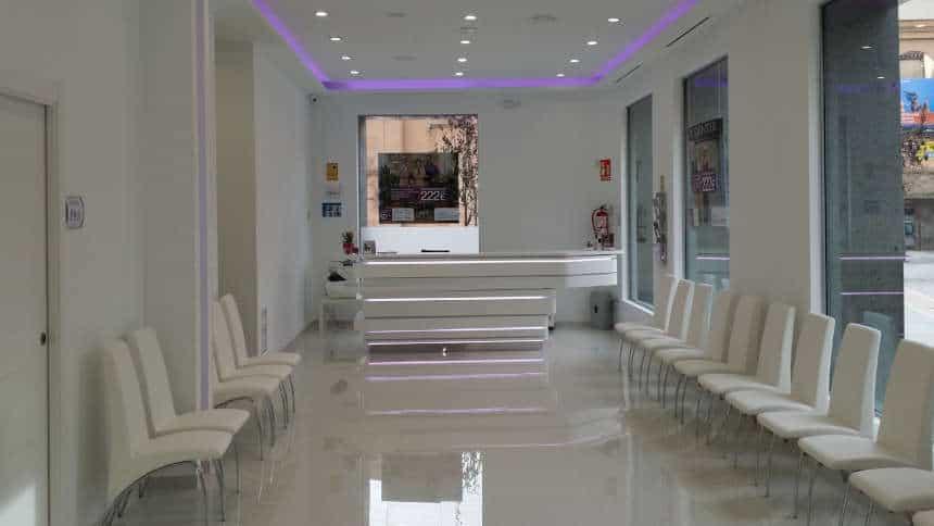 Reforma de local comercial sala de espera y mostrador